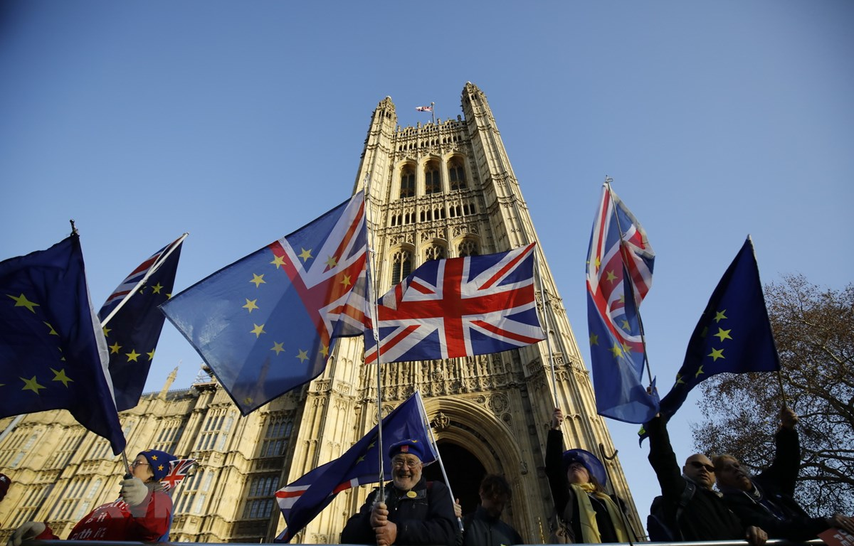 Anh ra mắt ứng dụng đăng ký thường trú cho công dân EU