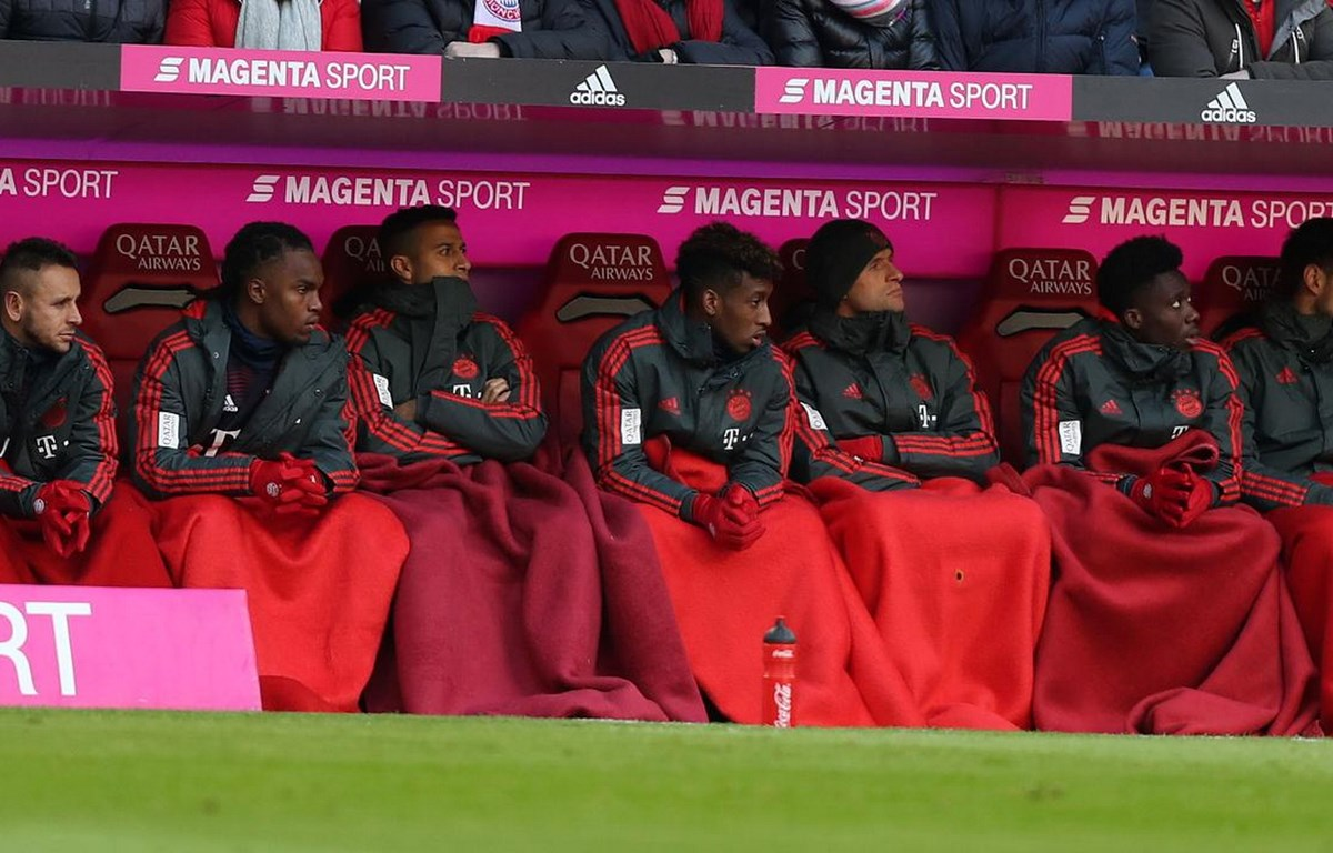 Từ trái sang phải: Rafinha, Sanches, Thiago, Coman, Mueller, Davies và Ulreich. (Ảnh: Dennis Brosda)