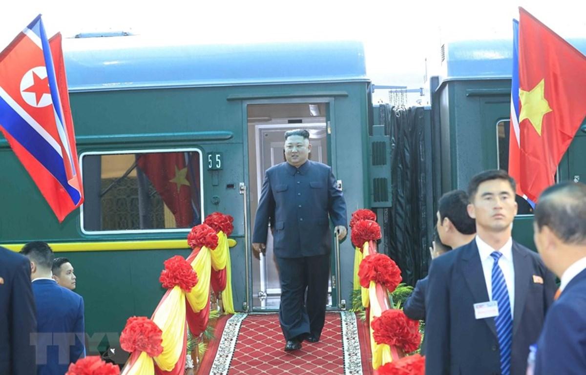 Chủ tịch Triều Tiên Kim Jong-un đến Việt Nam. (Ảnh: Nhan Sáng/TTXVN)
