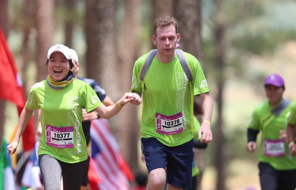 Các vận động viên tham gia giải.