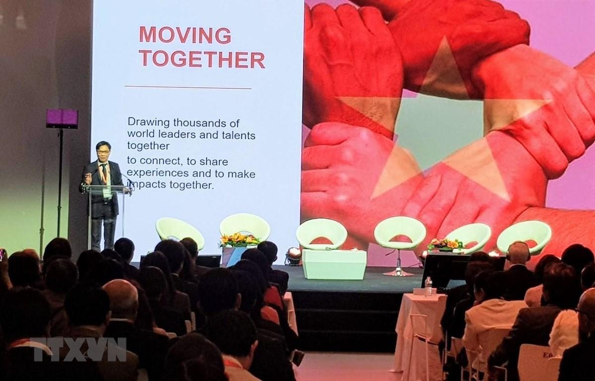 Ông Nguyễn Đức Khương, chủ tịch Hội Khoa học và Chuyên gia Việt Nam toàn cầu, phát biểu khai mạc Diễn đàn. (Ảnh: Linh Hương/TTXVN)