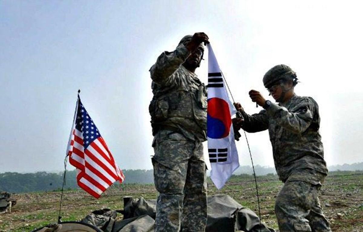 Binh sỹ Mỹ và Hàn Quốc trong 1 cuộc tập trận. (Nguồn: The Independent)