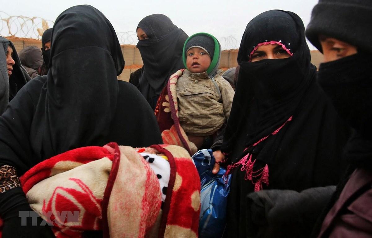 Người tị nạn Syria tại trạn tị nạn Rukban. (Ảnh: AFP/TTXVN)