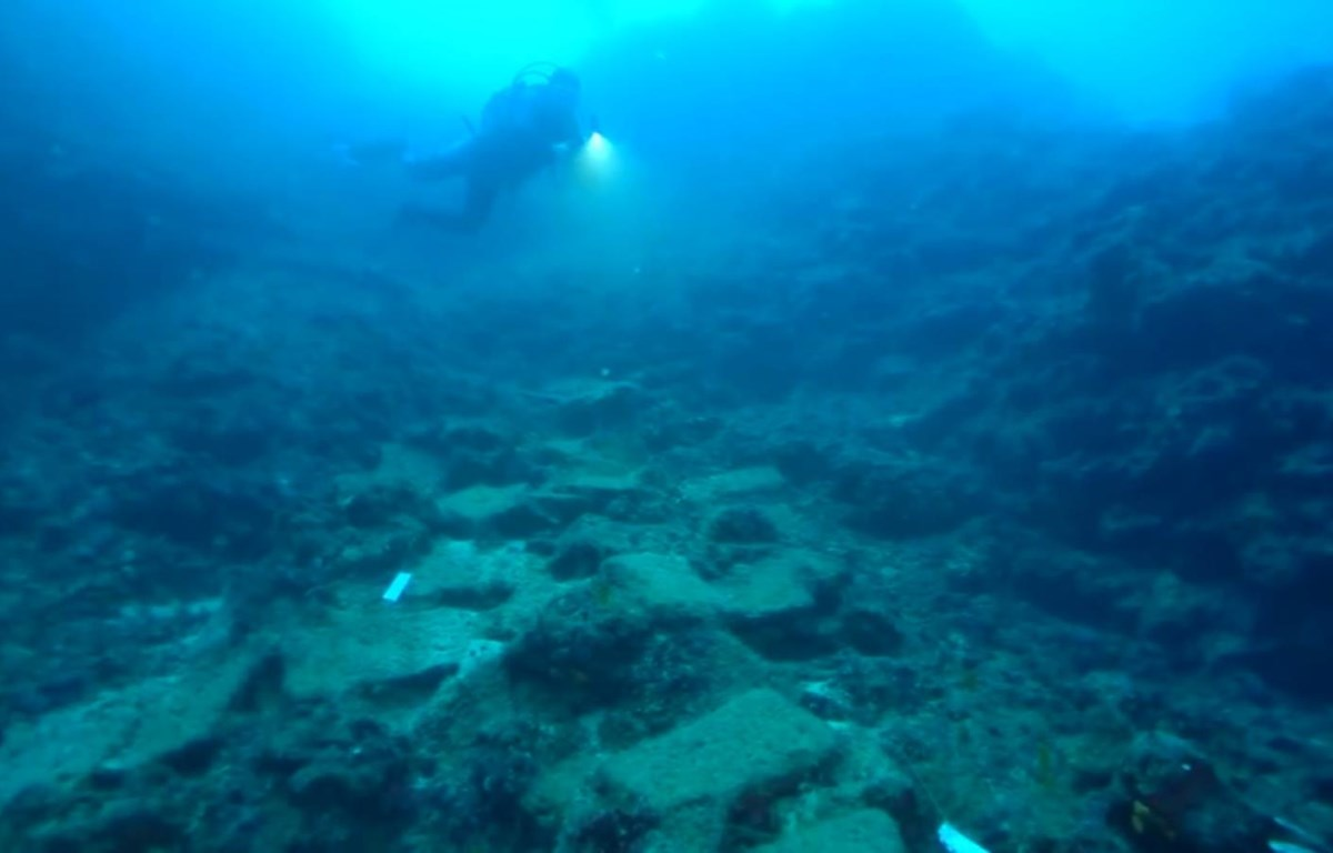 Con tàu vừa được phát hiện có từ thời kỳ đồ đồng. (Nguồn: ABC7 Chicago)