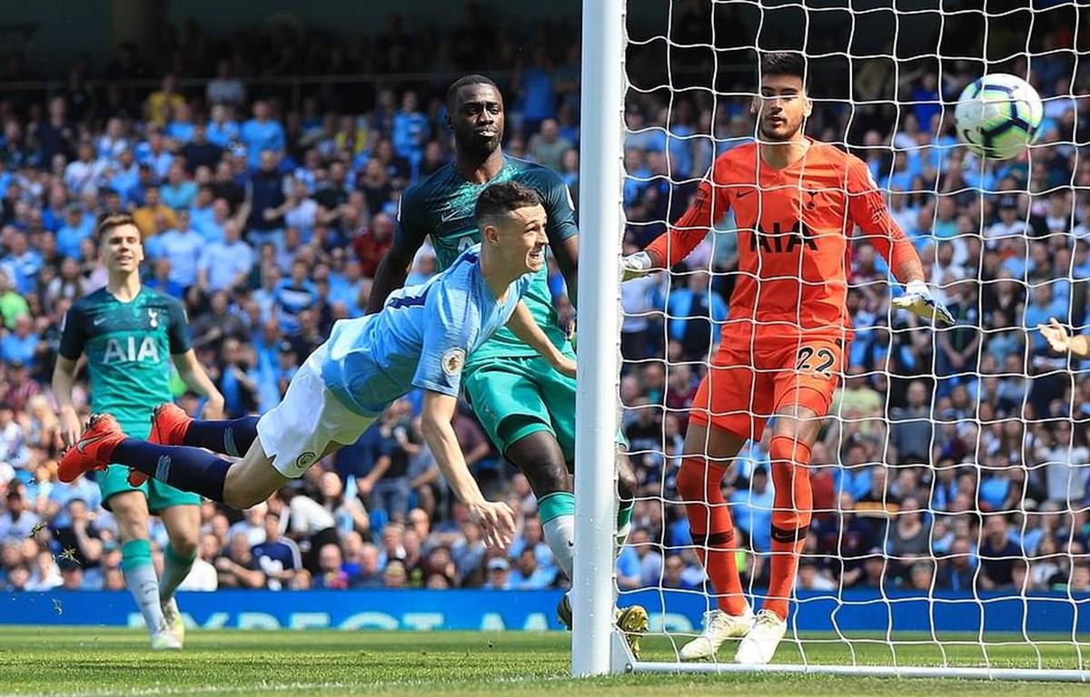 Philip Foden giúp Man City đánh bại Tottenham.