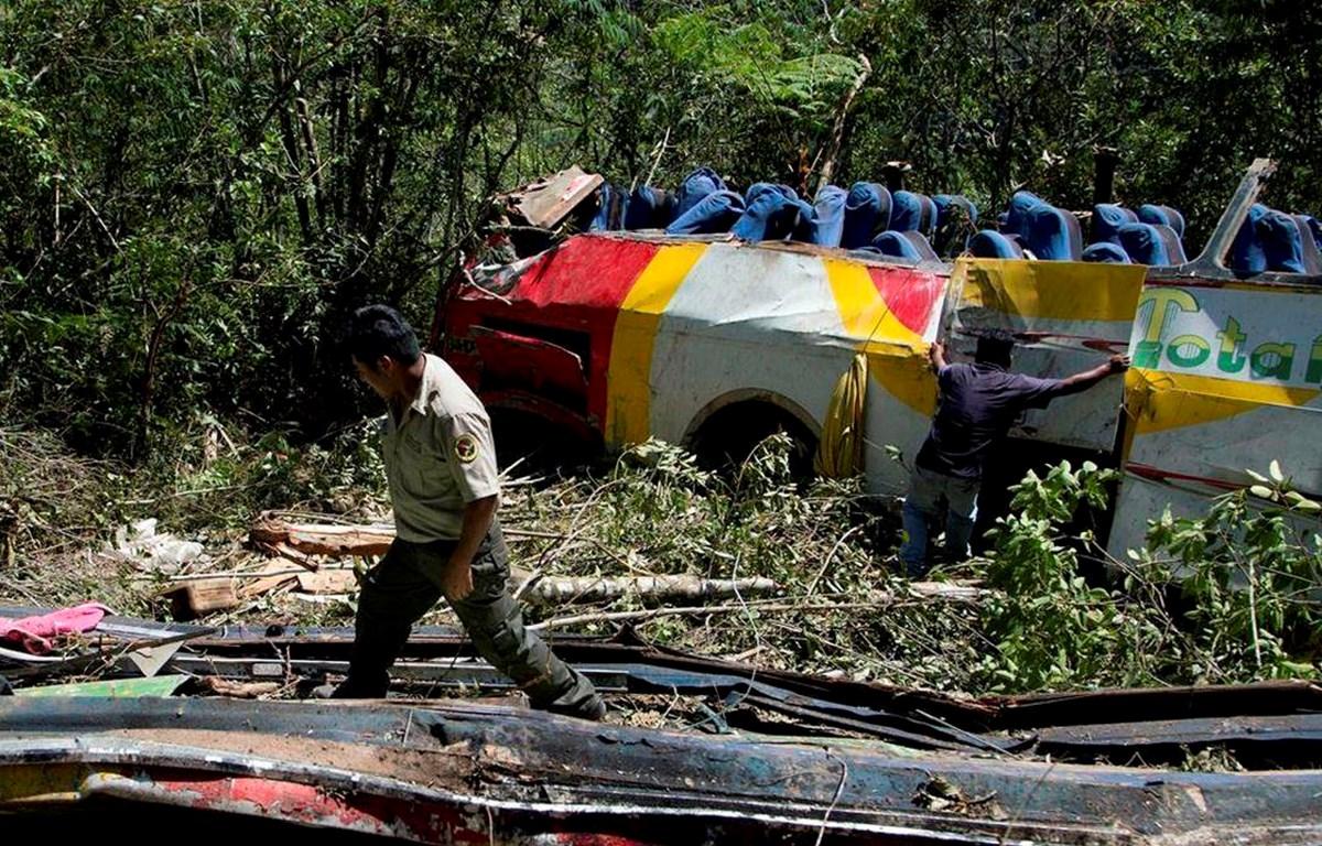 Hiện trường vụ tai nạn ở Bolivia. (Nguồn: Toronto Star)
