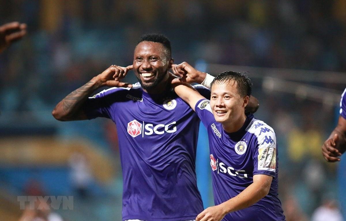 Hà Nội FC sẽ trở lại ngôi đầu nếu đánh bại TP.HCM. (Ảnh: Trọng Đạt/TTXVN)