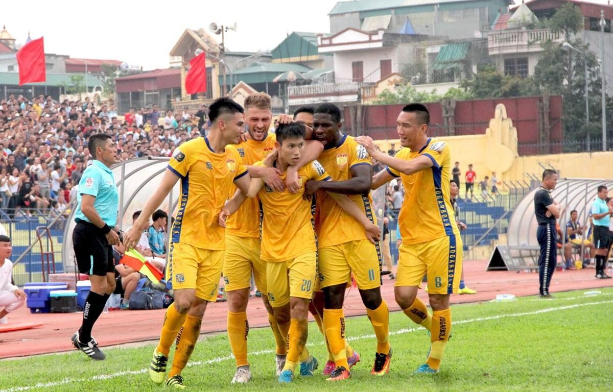 Thanh Hóa thắng đậm Hà Nội FC. (Ảnh: Trịnh Duy Hưng/TTXVN)