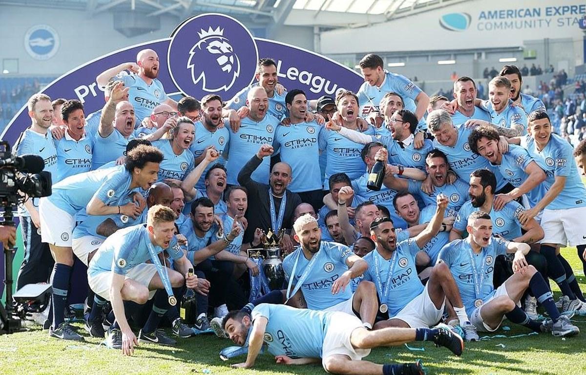 Man City vô địch Premier League 2018-19.