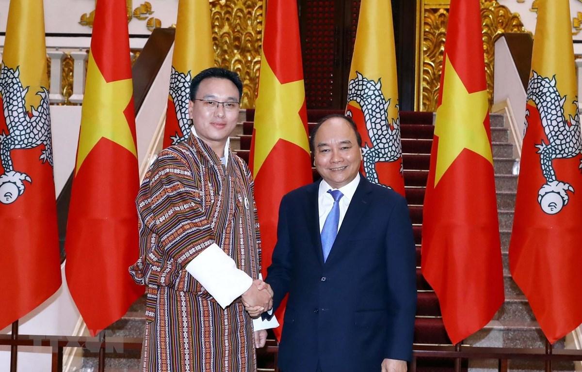 Thủ tướng Nguyễn Xuân Phúc tiếp Chủ tịch Thượng viện Vương quốc Bhutan. (Ảnh: Thống Nhất/TTXVN)