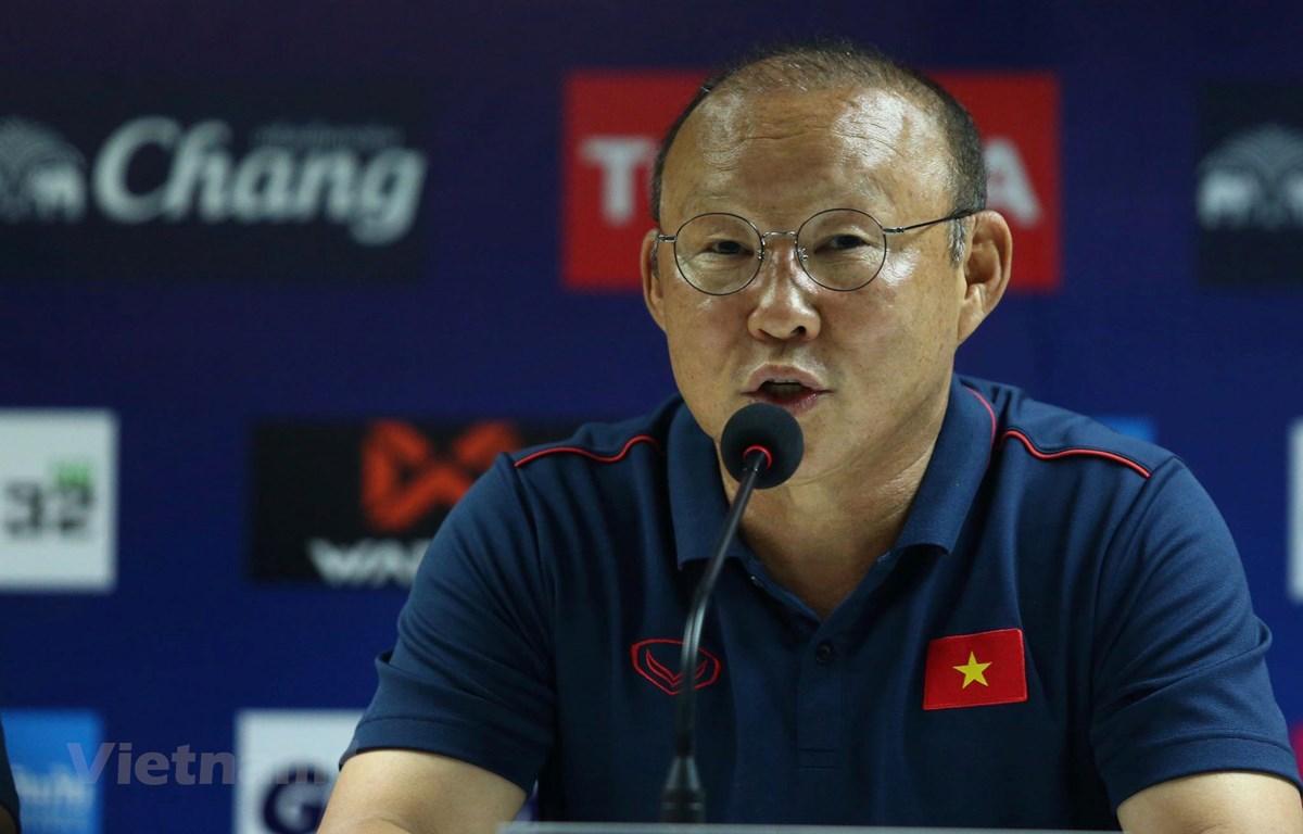 HLV Park Hang-seo tại buổi họp báo. (Ảnh: Nguyên An/Vietnam+)