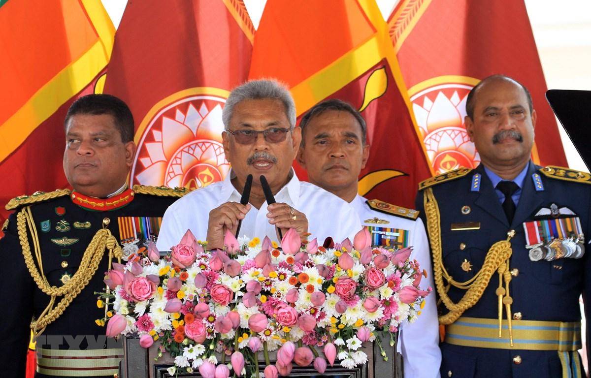 Tổng thống Sri Lanka Gotabaya Rajapaksa (thứ 2, trái). (Ảnh: THX/TTXVN)