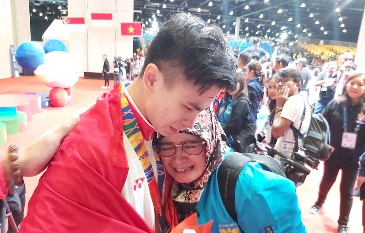 Edgar Xavier Marvelo nhận được tin cha mất sau khi giành huy chương Vàng SEA Games 30.