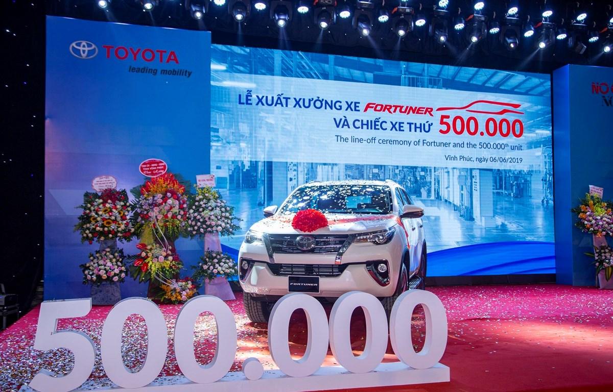Toyota Việt Nam kỷ niệm cột mốc xuất xưởng chiếc xe thứ 500.000 và chào đón mẫu Fortuner quay trở lại lắp ráp. (Ảnh nguồn: TMV)