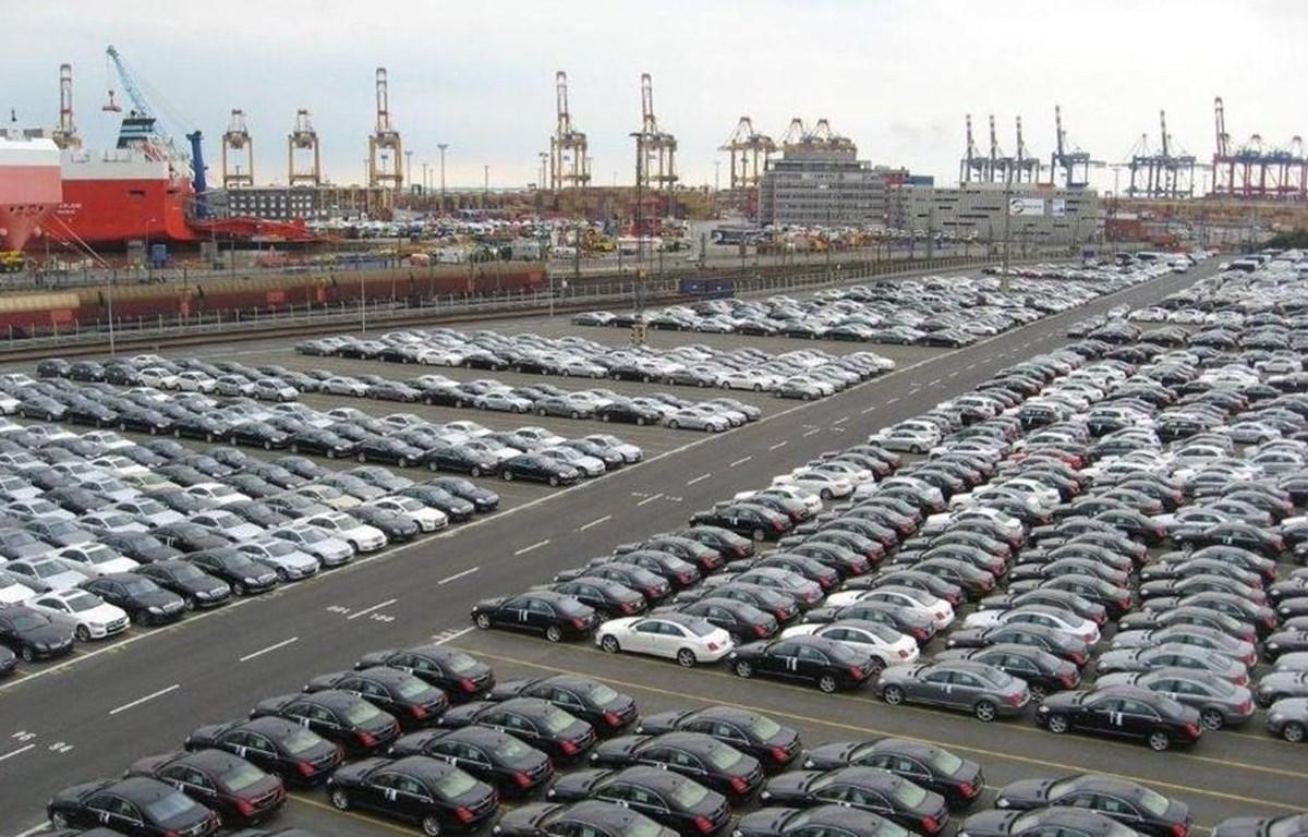 Tổng doanh số xe hơi bán ra 2 tháng qua suy giảm 27% so với cùng kỳ năm trước. (Ảnh minh hoạ)