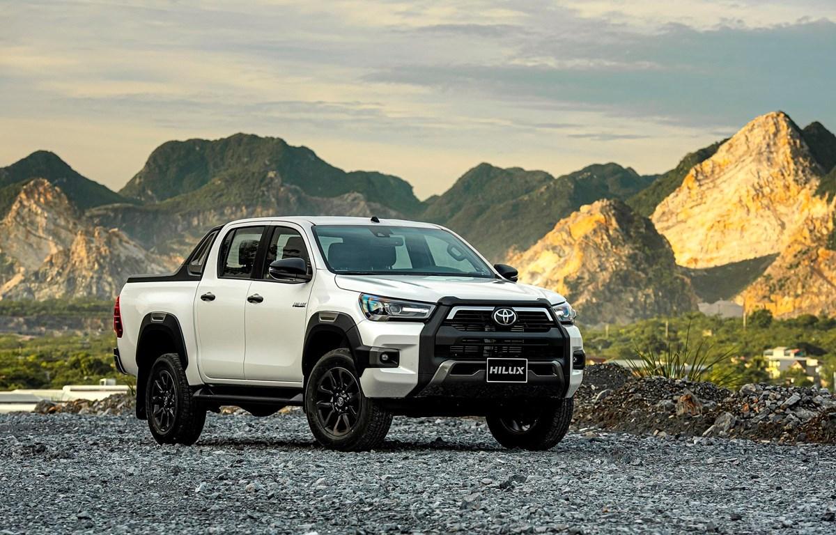Toyota Hilux phiên bản 2020 'lột xác' với ngoại hình mạnh mẽ và hầm hố hơn. (Ảnh nguồn: TMV)