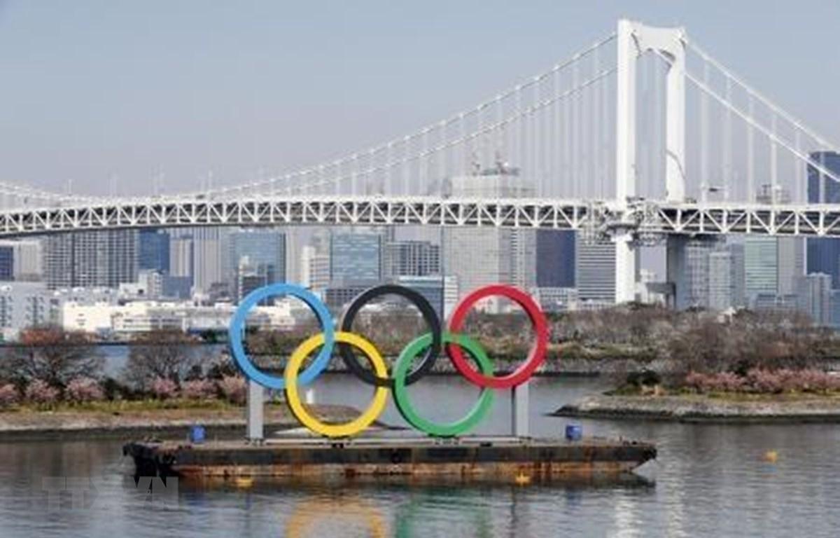 Biểu tượng Olympic tại Tokyo, Nhật Bản, ngày 29/2/2020. (Ảnh: Kyodo/TTXVN)