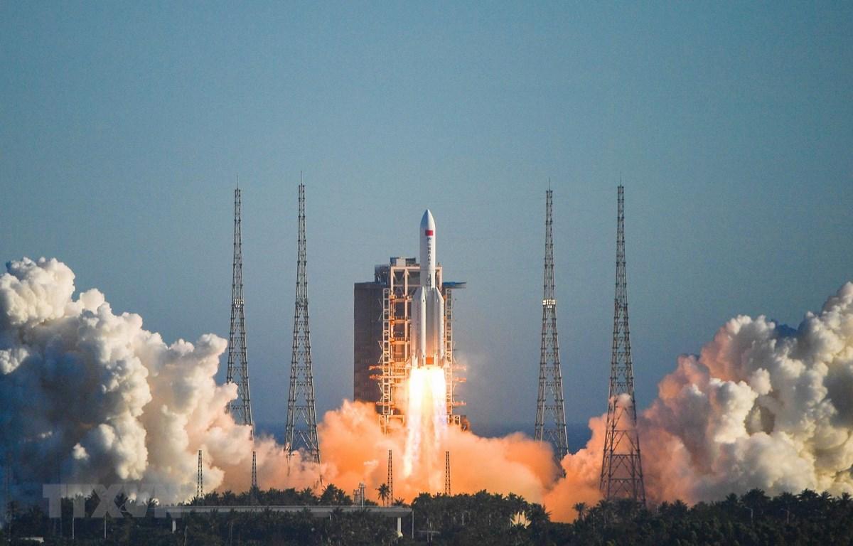 Trung Quốc phóng tàu vũ trụ ngày 5/5/2020. (Ảnh: THX/TTXVN)