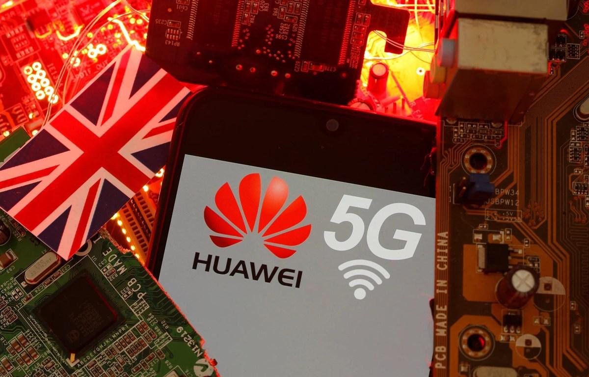 Anh hiện đang xem xét khả năng loại Huawei khỏi mạng 5G của nước này. (Nguồn: Reuters)