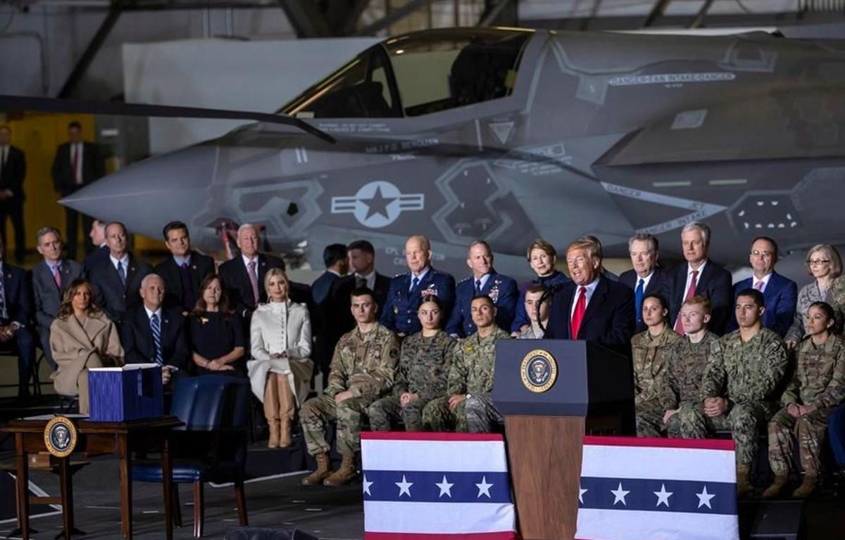 Tổng thống Mỹ Donald Trump phát biểu tại căn cứ không quân Andrews, Maryland. (Nguồn:  EPA-EFE)