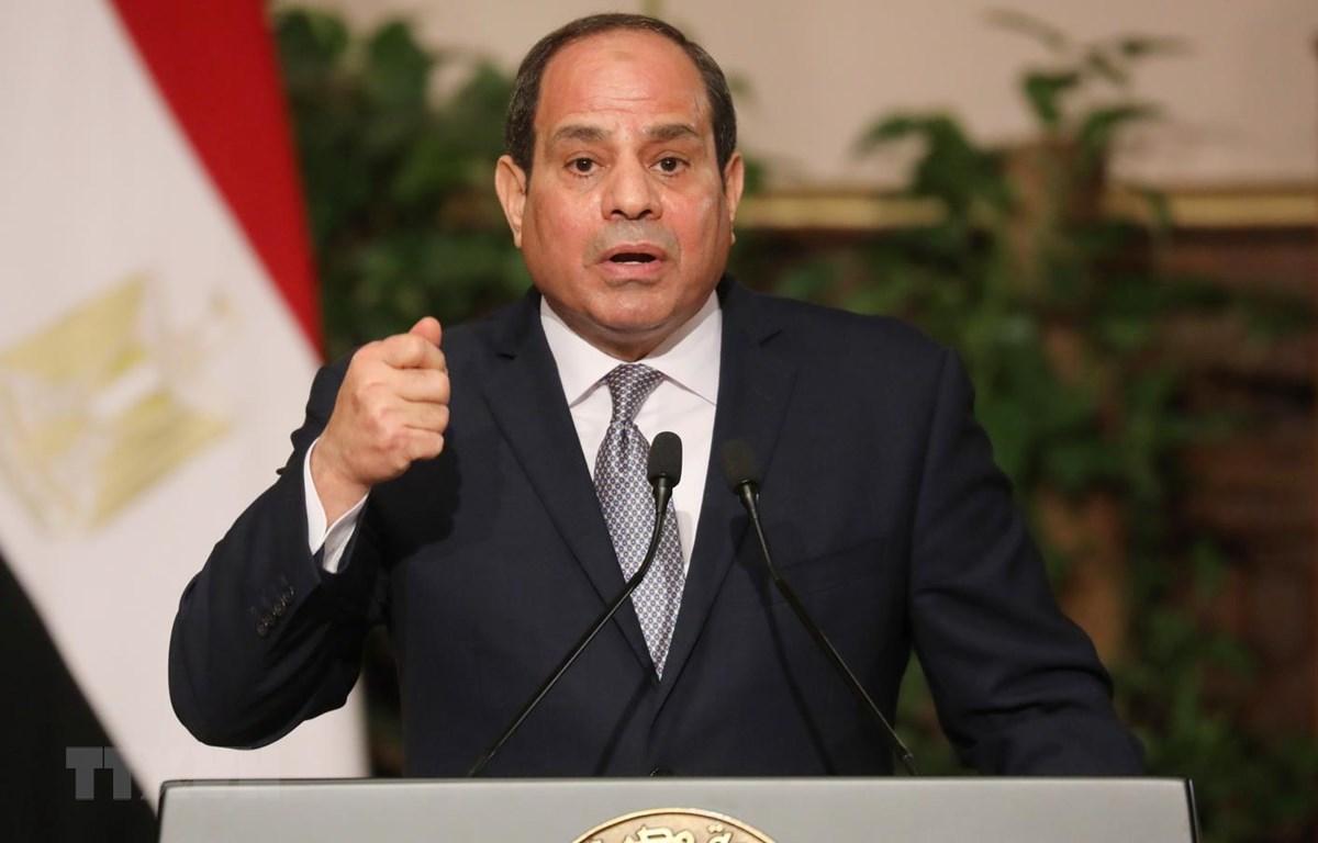 Tổng thống Ai Cập Abdel Fattah al-Sisi phát biểu tại một cuộc họp báo ở thủ đô Cairo. (Ảnh: AFP/TTXVN)
