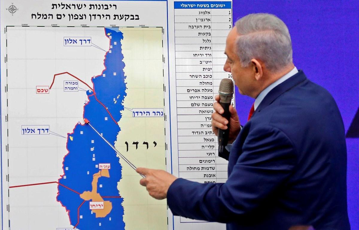 Thủ tướng Israel Benjamin Netanyahu trình bày về kế hoạch sáp nhập một phần khu Bờ Tây ngày 10/9/2019. (Nguồn: AFP)