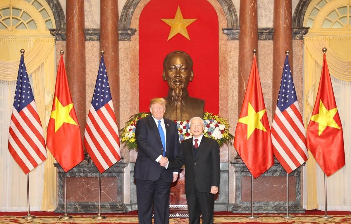 Tổng Bí thư, Chủ tịch nước Nguyễn Phú Trọng tiếp Tổng thống Mỹ Donald Trump nhân dịp sang Việt Nam dự Hội nghị thượng đỉnh Mỹ-Triều Tiên lần thứ hai. (Ảnh: Trí Dũng/TTXVN)