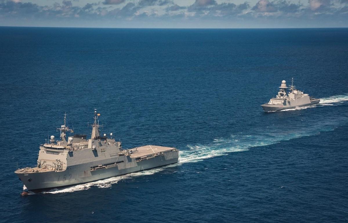 Tàu chiến của Lực lượng Hải quân châu Âu tham gia chống cướp biển tại Somalia. (Nguồn: EU NAVFOR)