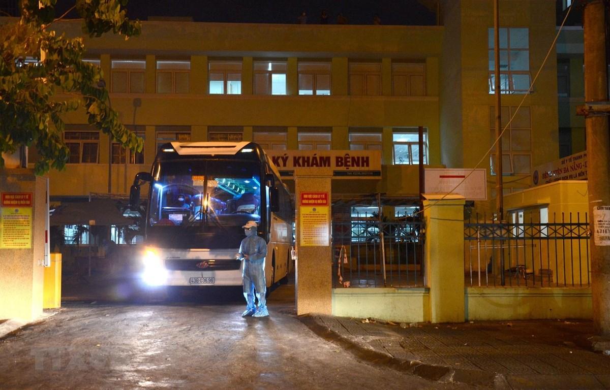 Hầu hết ca nhiễm mới là bệnh nhân và người nhà bệnh nhân tại Bệnh viện Đà Nẵng. (Ảnh: Quốc Dũng/TTXVN)
