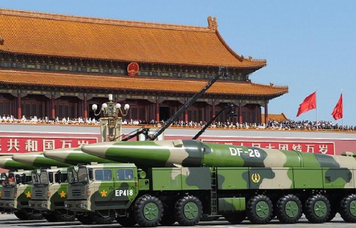 Tên lửa đạn đạo chống hạm có khả năng mang đầu đạn hạt nhân DF-26 của Trung Quốc. (Nguồn: nationalinterest.org)