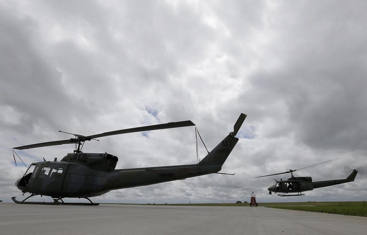 Sau khi bị bắn, chiếc trực thăng UH-1N đã hạ cánh an toàn tại sân bay. (Nguồn: washingtontimes.com)
