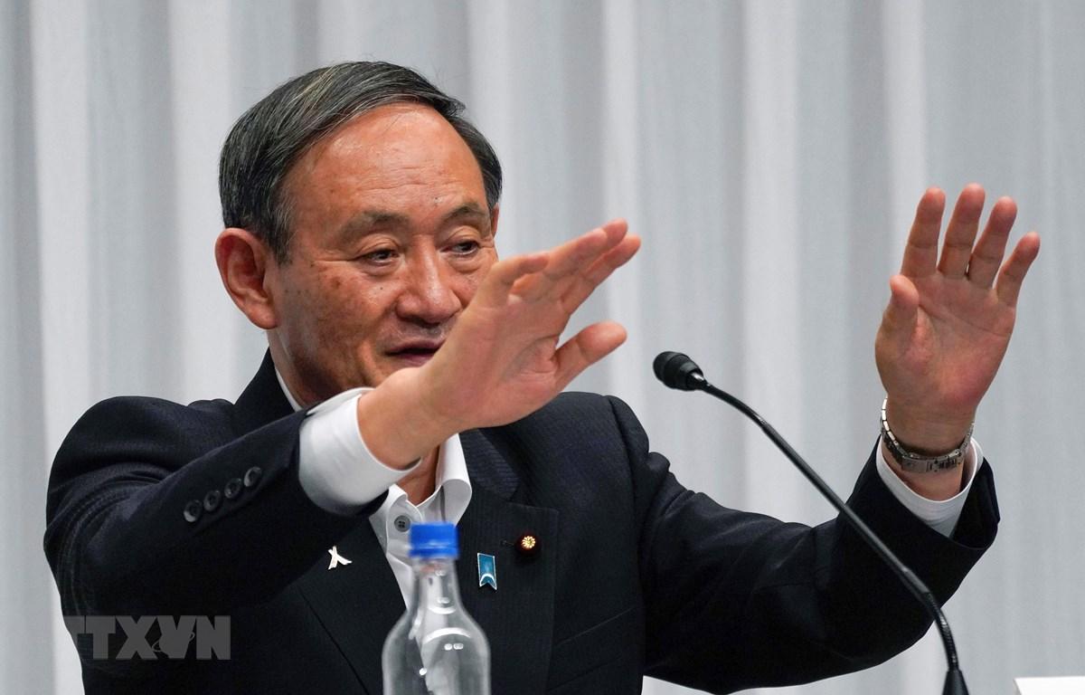 Chánh văn phòng Nội các Nhật Bản Suga Yoshihide phát biểu tại Tokyo, ngày 9/9/2020. (Ảnh: AFP/TTXVN)