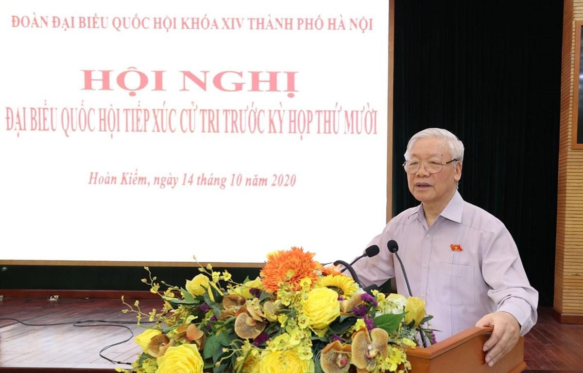 Tổng Bí thư, Chủ tịch nước Nguyễn Phú Trọng phát biểu tại buổi tiếp xúc cử tri quận Hoàn Kiếm, Ba Đình và Tây Hồ. (Ảnh: Trí Dũng/TTXVN)