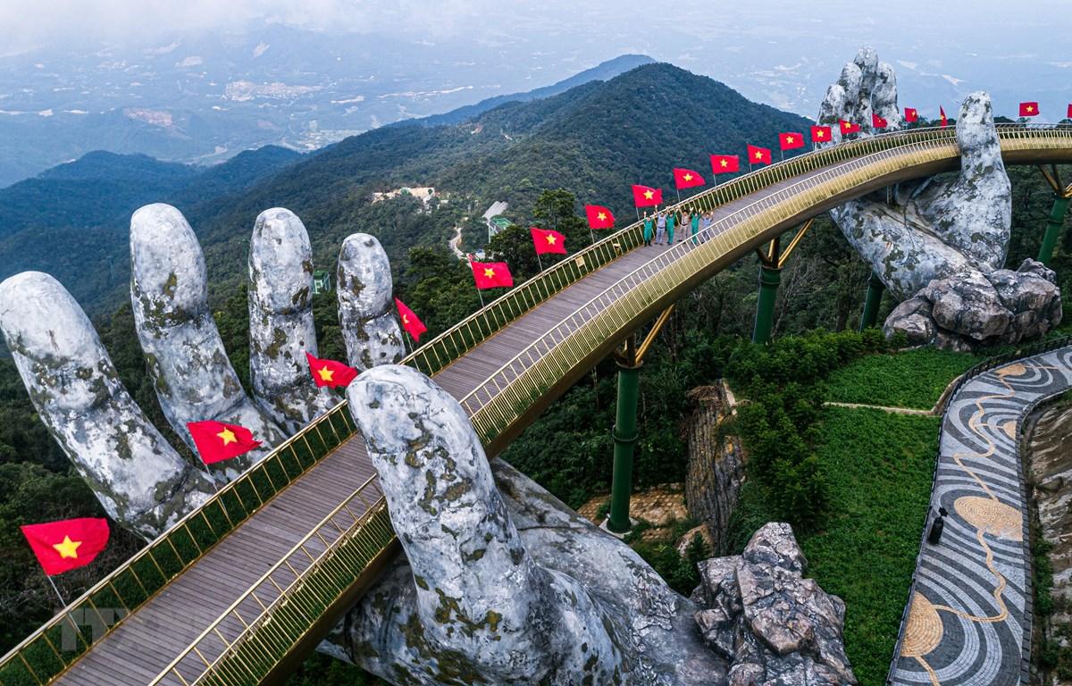Việt Nam đã kiềm chế tốt đại dịch và đang tập trung phát triển kinh tế. (Ảnh: TTXVN phát)