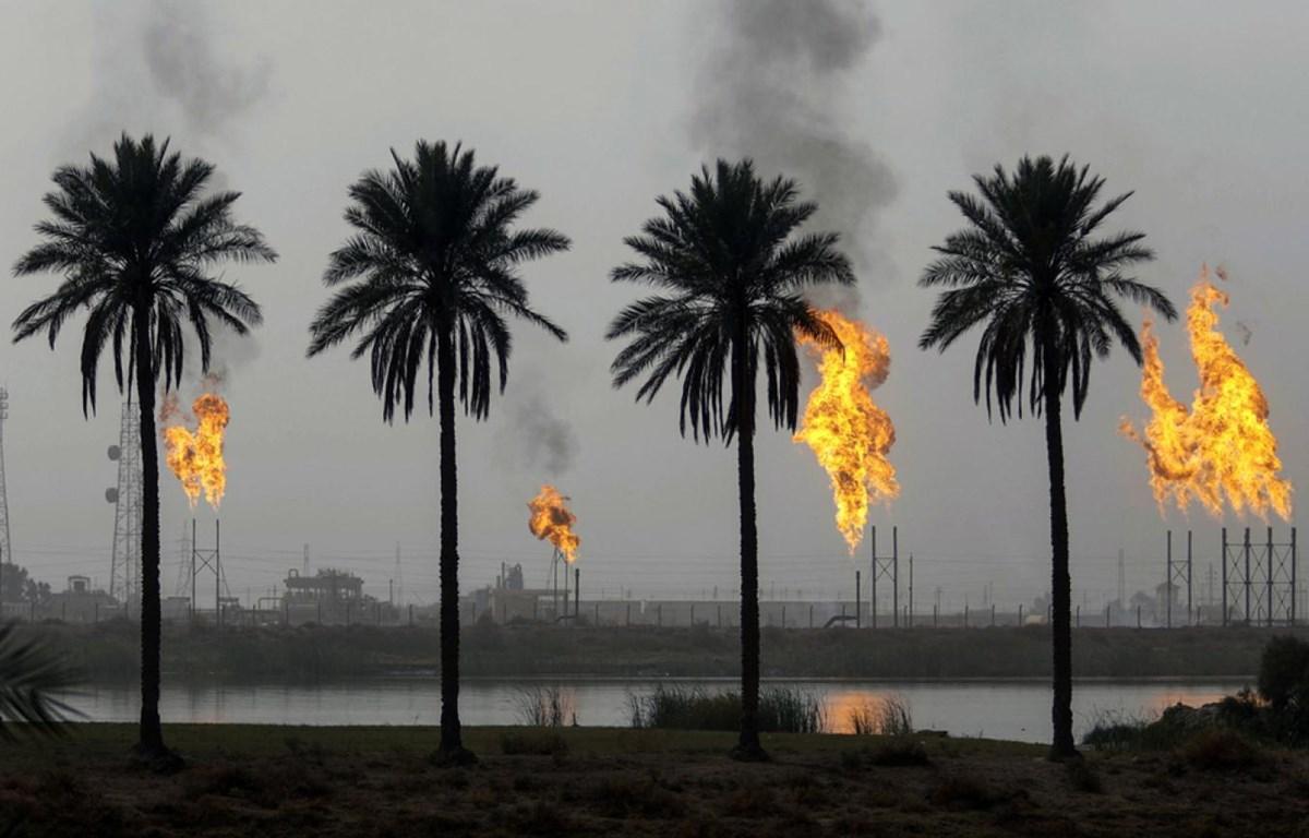 Một cơ sở khai thác dầu mỏ tại Iraq. (Nguồn: AFP)
