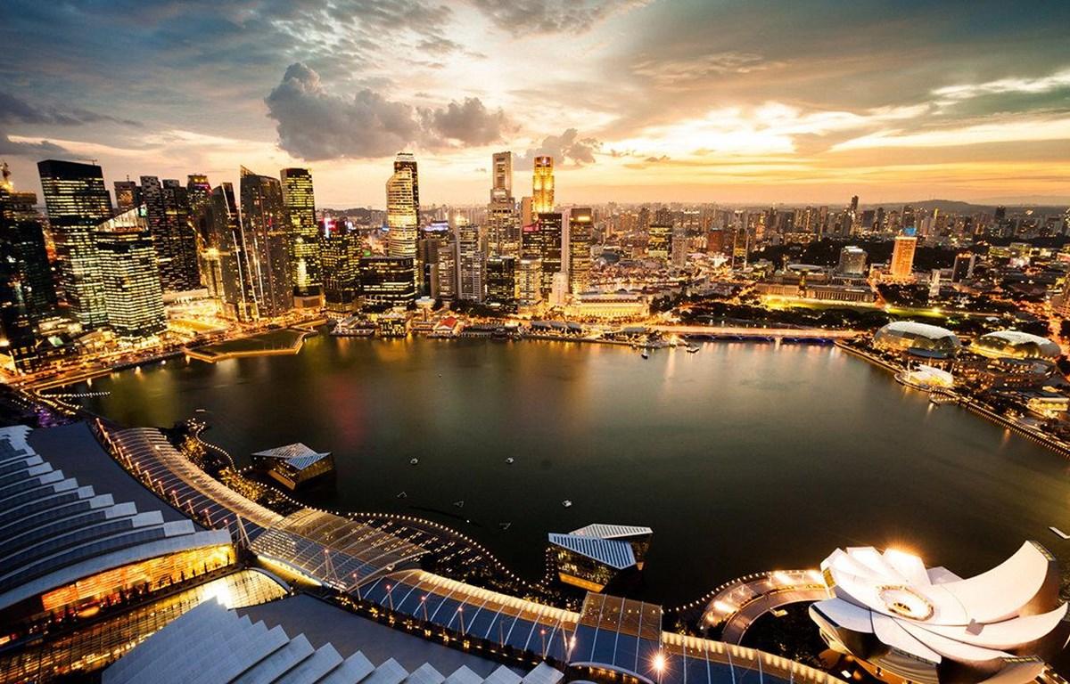 Căn hộ nằm trên đỉnh tòa tháp Guoco Tower 64 tầng, có thể ngắm toàn bộ Vịnh Marina. (Nguồn: Getty Images)