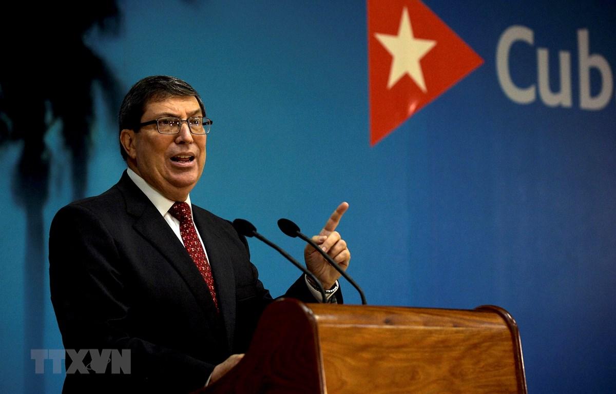 Ngoại trưởng Cuba Bruno Rodriguez phát biểu tại cuộc họp báo ở thủ đô La Habana ngày 22/10/2020. (Ảnh: AFP/TTXVN)