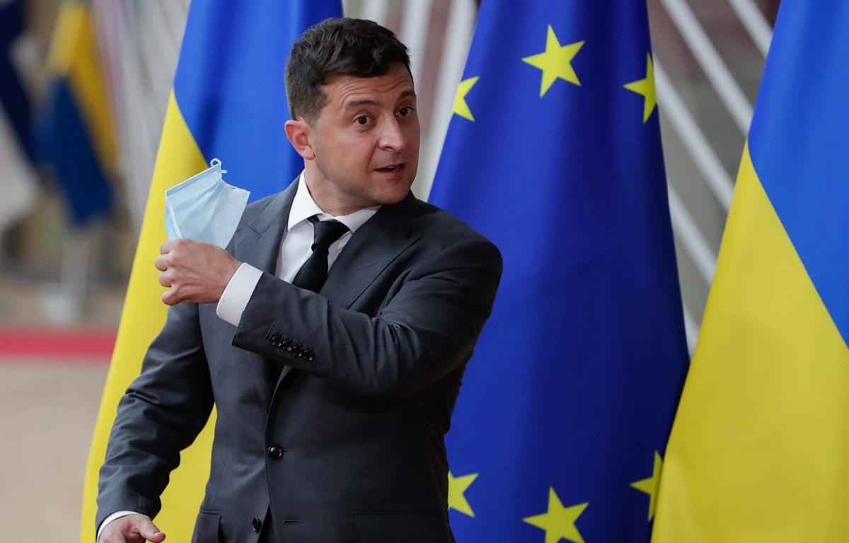 Tổng thống Ukraine Volodymyr Zelensky đã có kết quả xét nghiệm dương tính với virus SARS-CoV-2. (Nguồn: EPA)