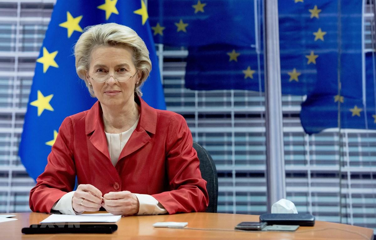 Chủ tịch Ủy ban châu Âu (EC) Ursula von der Leyen phát biểu tại Brussels, Bỉ. (Ảnh: THX/TTXVN)