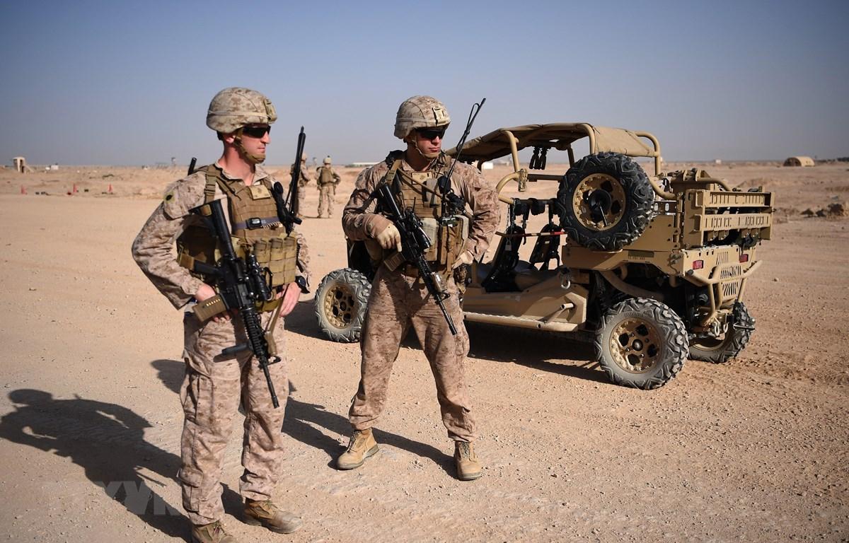 Binh sỹ Mỹ canh gác ở Lashkar Gah, tỉnh Helmand Afghanistan. (Ảnh: AFP/TTXVN)