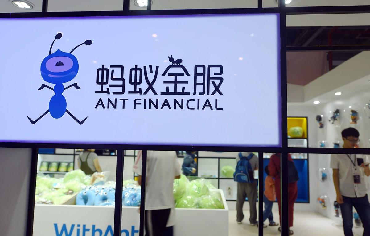 """Ant Group điều hành Alipay, một trong hai nền tảng thanh toán trực tuyến đang """"thống trị"""" ở Trung Quốc. (Ảnh: AFP)"""