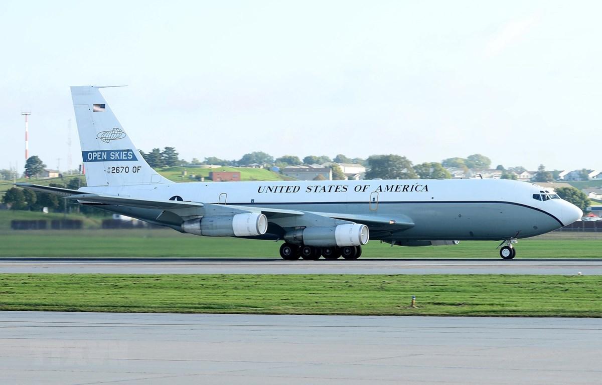 Máy bay do thám OC-135 của không lực Mỹ cất cánh từ căn cứ không quân Offutt ở Nebraska, ngày 14/9/2018. (Ảnh: AFP/TTXVN)