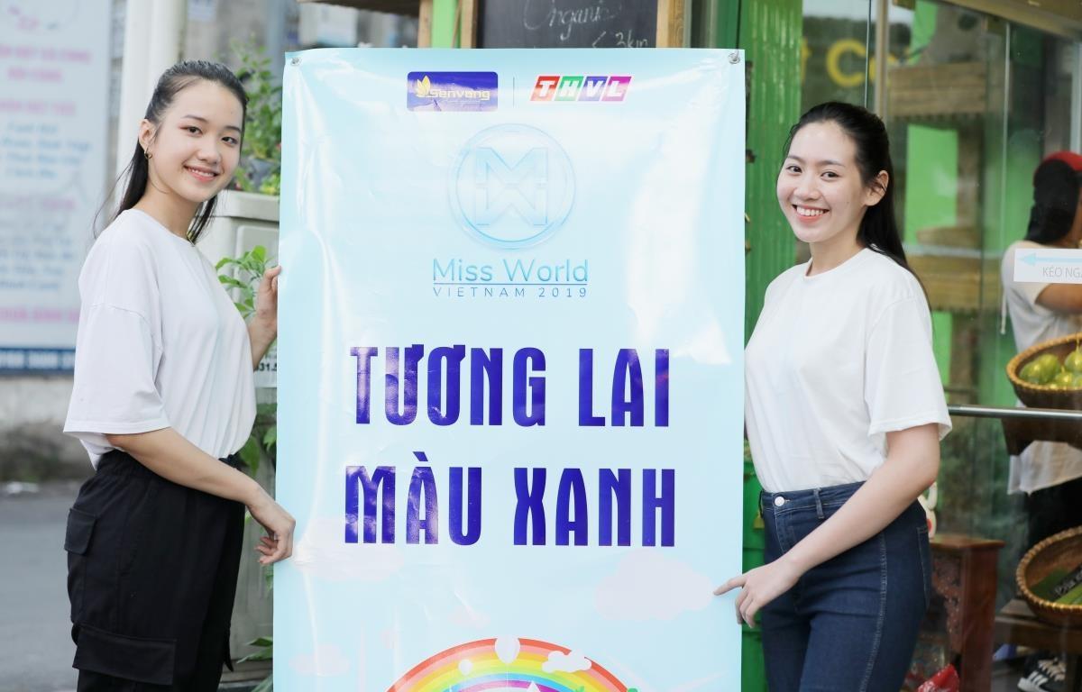 Á hậu Phương Nga và các người đẹp của Miss World Việt Nam kêu gọi cộng đồng 'sống xanh.' (Ảnh: BTC)