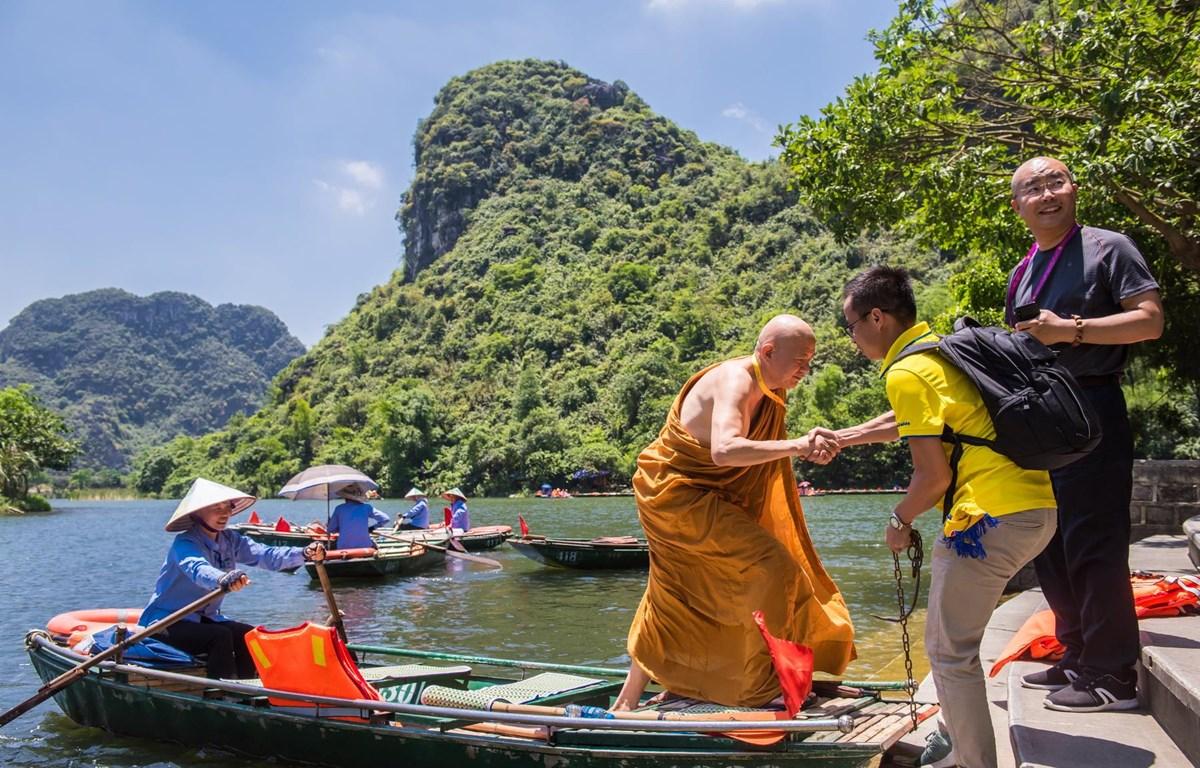 Các doanh nghiệp đang nỗ lực kích cầu du lịch nội địa trong bối cảnh dịch bệnh COVID-19 tác động tiêu cực. (Ảnh: CTV/Vietnam+)
