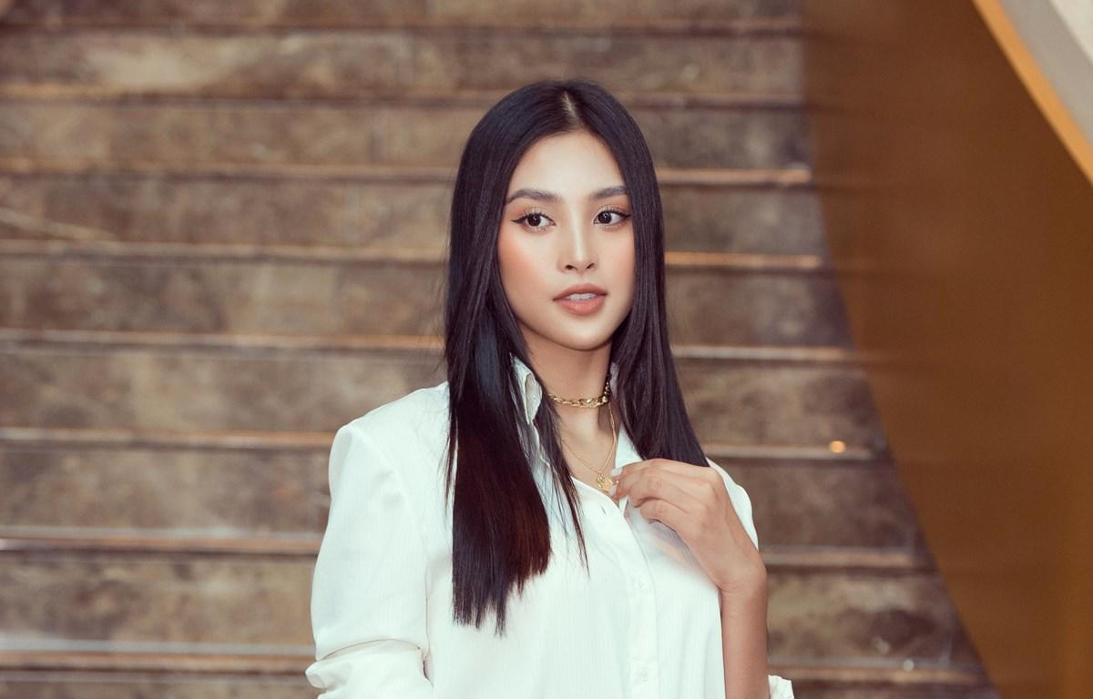 Hoa hậu Tiểu Vy: 'Sài Gòn như người đàn ông phong độ, lịch lãm'