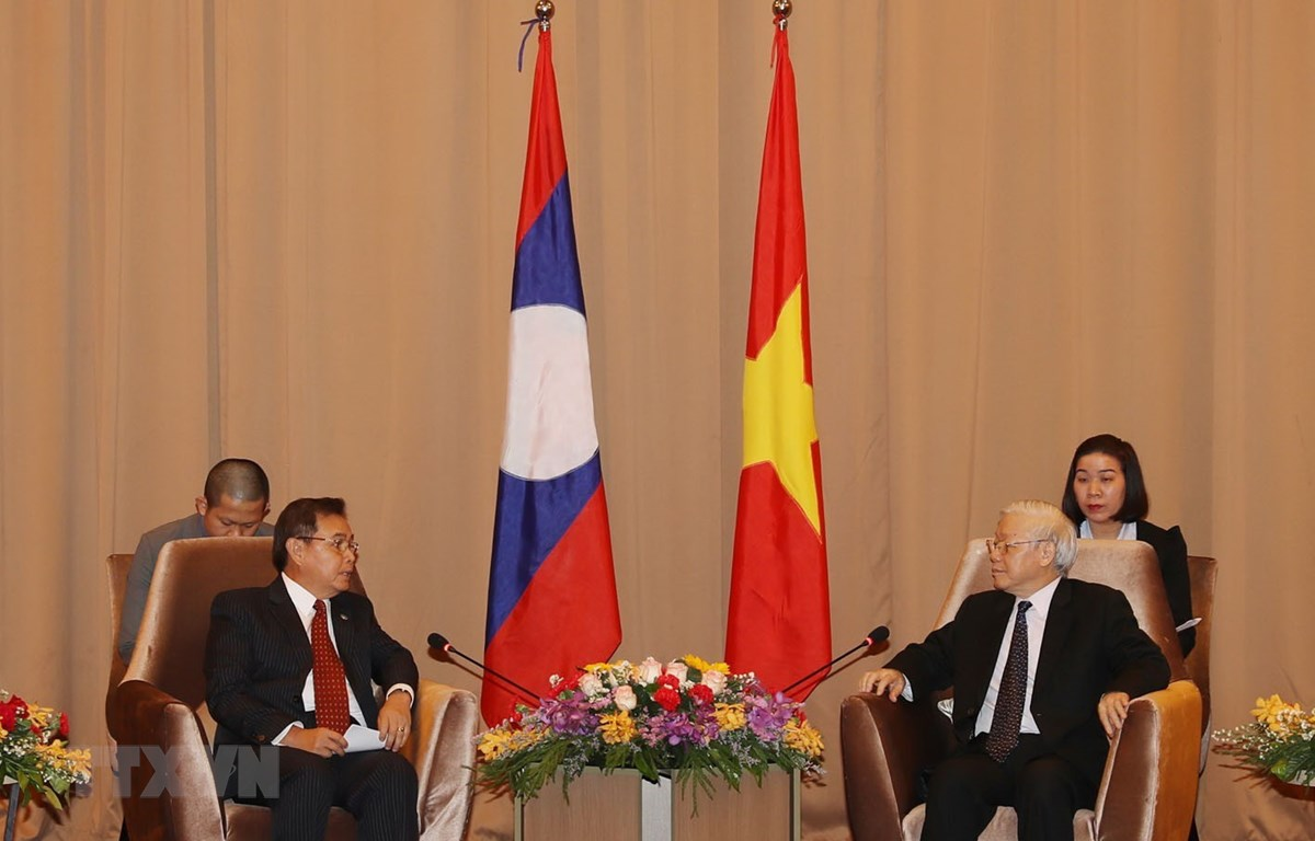 Tổng Bí thư, Chủ tịch nước Nguyễn Phú Trọng tiếp Chủ tịch Ủy ban Trung ương Mặt trận Lào xây dựng đất nước Saysomphone Phomvihane. (Ảnh: Trí Dũng/TTXVN)