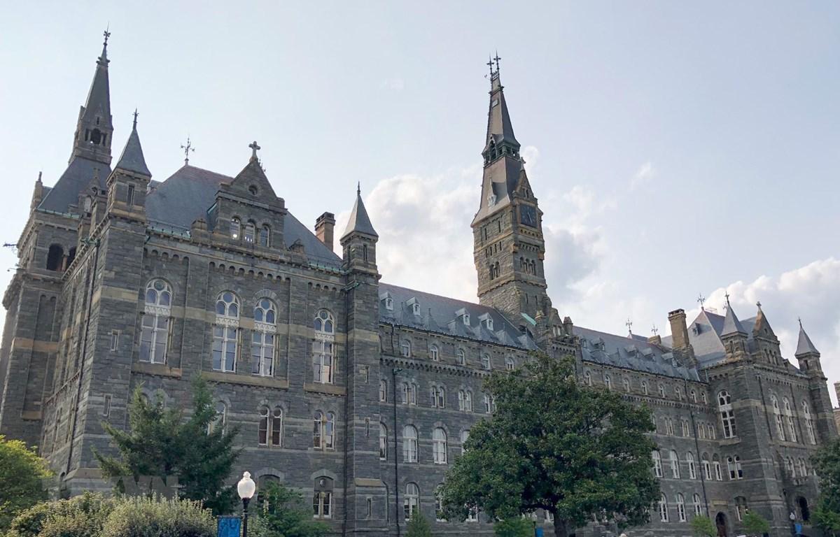 Khuôn viên trường đại học Georgetown ở Washington, DC, Mỹ. (Ảnh: AFP/TTXVN)