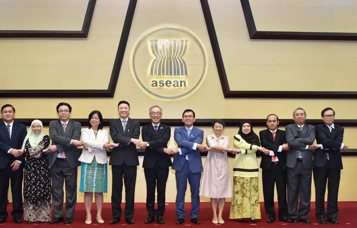 Các đại biểu tại cuộc họp. (Nguồn : Phái đoàn Việt Nam tại ASEAN)