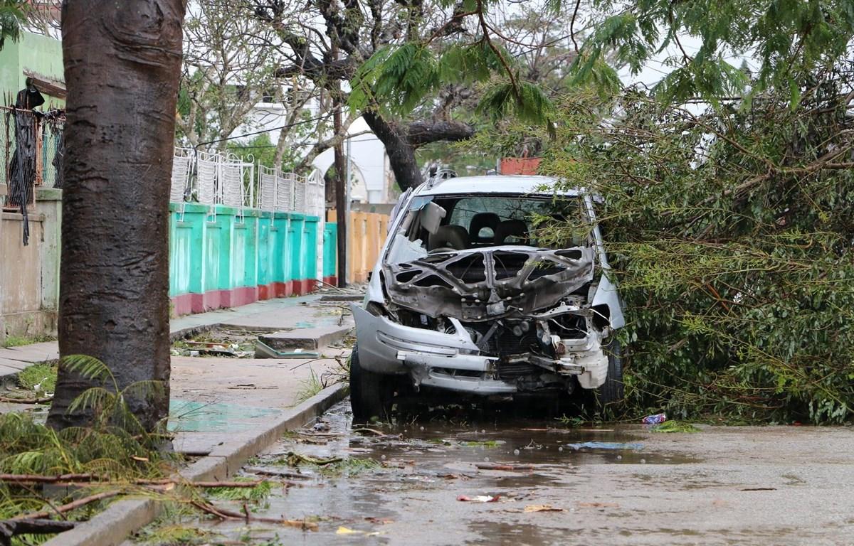 Cảnh tàn phá sau khi bão Idai quét qua Beira, Mozambique ngày 17/3. (Ảnh: AFP/TTXVN)