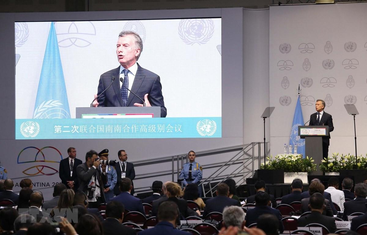 Tổng thống Argentina Mauricio Macri phát biểu khai mạc hội nghị. (Ảnh: Hoài Nam/TTXVN)